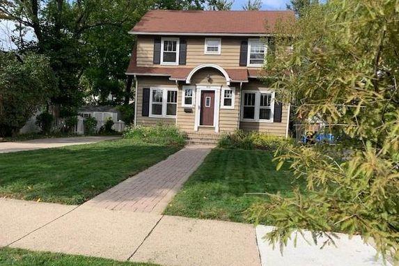809 Rose Avenue Ann Arbor, MI 48104