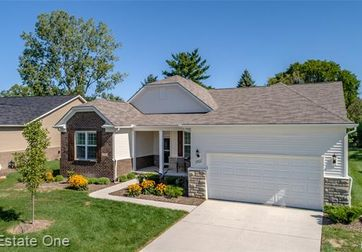 27826 MONTAGUE Drive Brownstown, Mi 48134 - Image