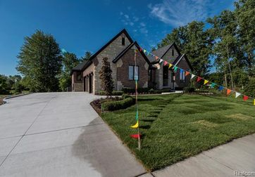 11678 FOREST BROOK Drive Washington, Mi 48094 - Image 1