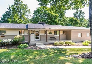 28536 QUAIL HOLLOW Road Farmington Hills, Mi 48331 - Image