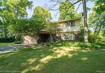 7171 BIG TRAIL Road Holly, Mi 48442 - Image 1