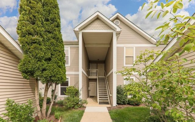 1406 Fox Pointe Circle Ann Arbor, MI 48108