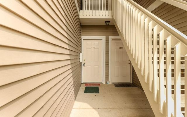 1406 Fox Pointe Circle - photo 1