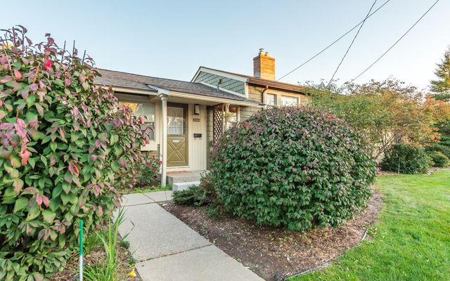 2333 Fernwood Avenue - photo 1