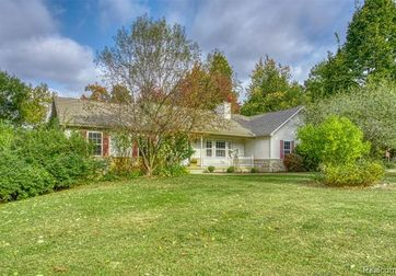 5742 IOSCO MOUNTAIN Road Gregory, Mi 48137 - Image 1