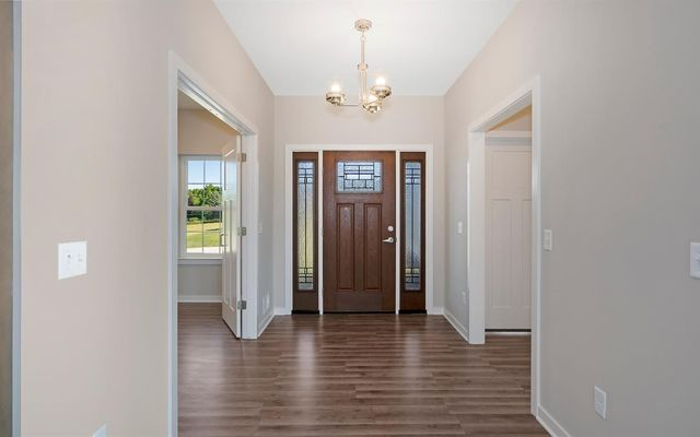 1876 Suncrest Drive - photo 2