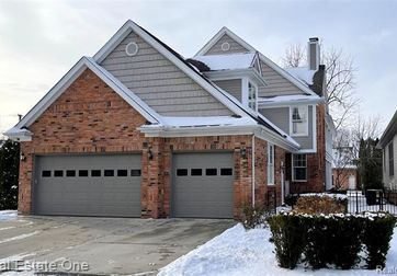 29026 THISTLE Lane Harrison Twp, Mi 48045 - Image 1