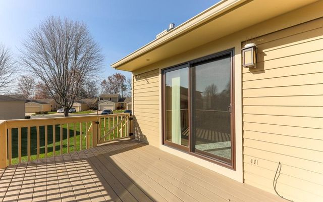 716 Woodcreek Circle - photo 3