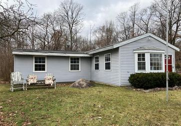 10402 Lakeview Drive Whitmore Lake, Mi 48189 - Image 1