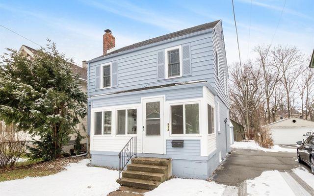 934 Woodlawn Avenue Ann Arbor, MI 48104