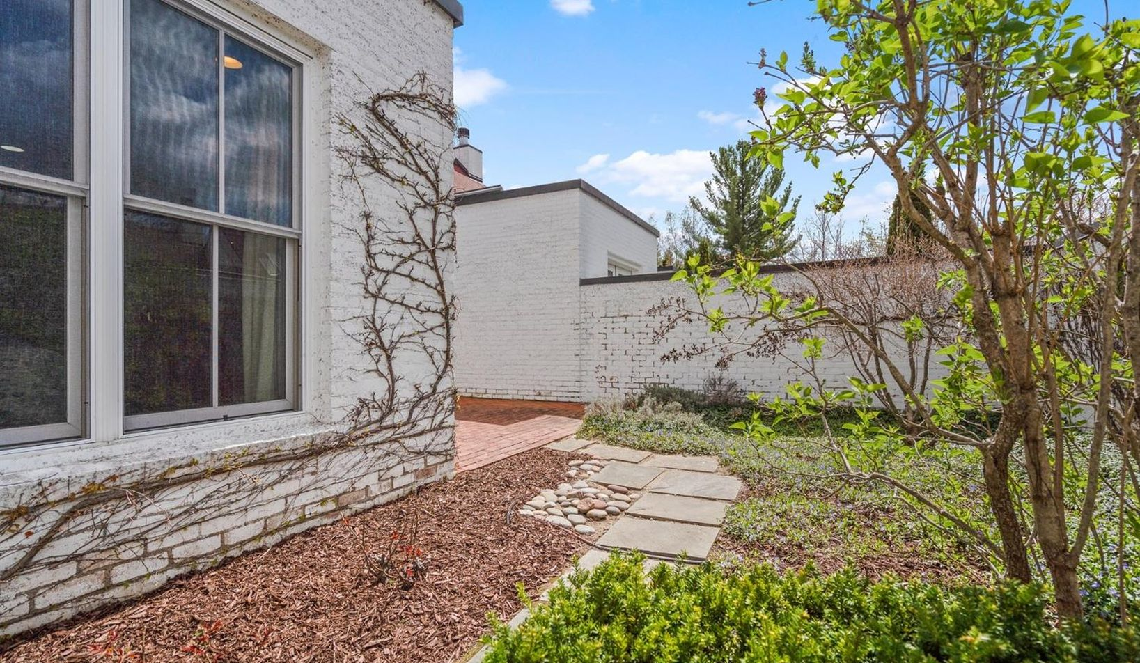1055 Young Place - Photo 69