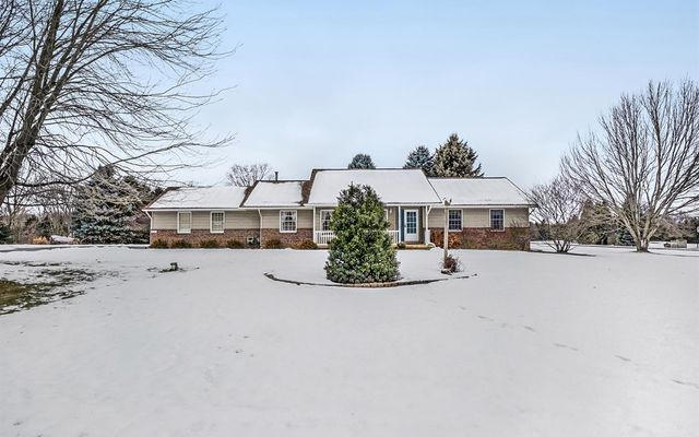 6211 Hayrake Hollow - photo 1