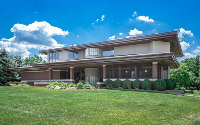 4285 Upper Glade Court Ann Arbor, MI 48103