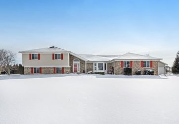 2821 Prairie Ridge Drive #14 Grass Lake, MI 49240 - Image 1