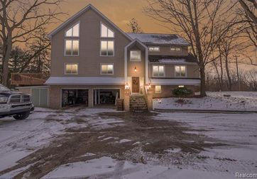 9689 CARPENTER Road Milan, Mi 48160 - Image 1