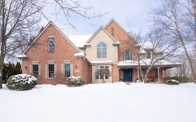5118 Oak Hill Court Ann Arbor, MI 48108