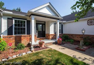 1165 WHEATFIELD Drive Lake Orion, Mi 48362 - Image 1