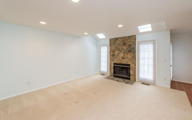 4320 Hillside Drive - photo 2