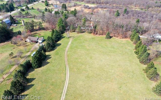 5111 Seymour Lake Road - photo 1
