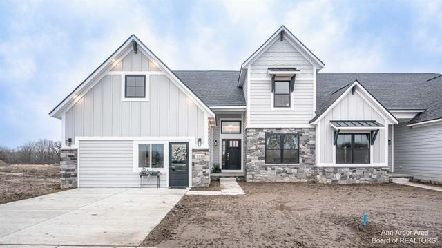 10 Black Cherry Lane Saline, MI 48176