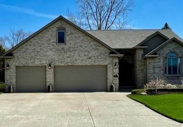1077 FOREST BAY Court Waterford, Mi 48328 - Image 1