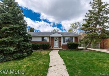 2030 PARLIAMENT Drive Sterling Heights, Mi 48310 - Image 1