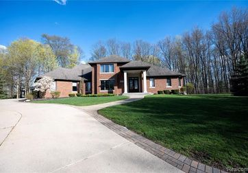 12650 PEBBLE CREEK Drive Plymouth, Mi 48170 - Image 1