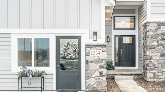 41 Gallery Pointe Dr. - photo 1