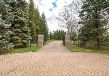 2991 LONG RIDGE CT + PARCELS West Bloomfield, Mi 48323 - Image 1