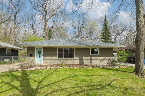 814 Carbeck Drive Ann Arbor, MI 48103