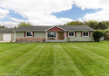 2074 Crooked Lake Rd Howell, Mi 48843 - Image 1