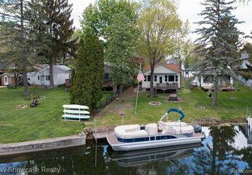 8421 Lagoon Street Commerce Twp, Mi 48382 - Image 1
