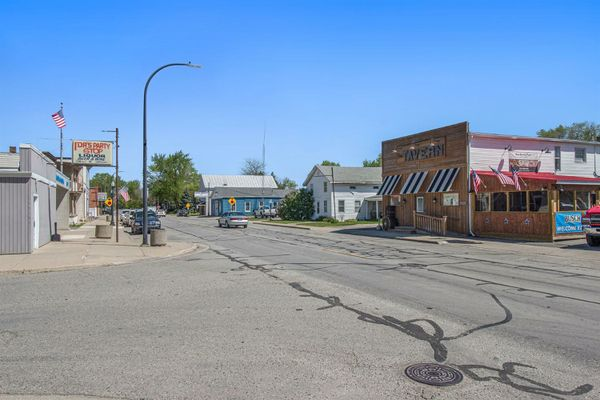 3135 Lewis Avenue - photo 30