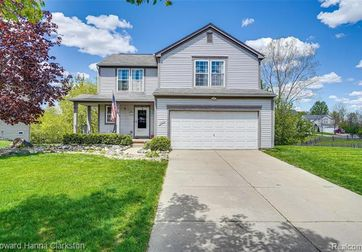 6366 WEATHERFORD Court Holly, Mi 48442 - Image 1