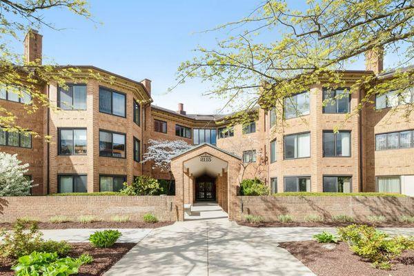 2115 Nature Cove Court #304 Ann Arbor, MI 48104