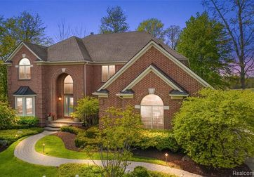 2241 Ivy Hill Drive Commerce Township, Mi 48382 - Image 1