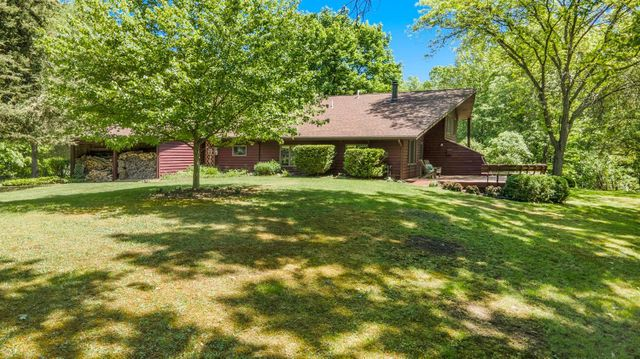 9460 Scully Road - photo 1
