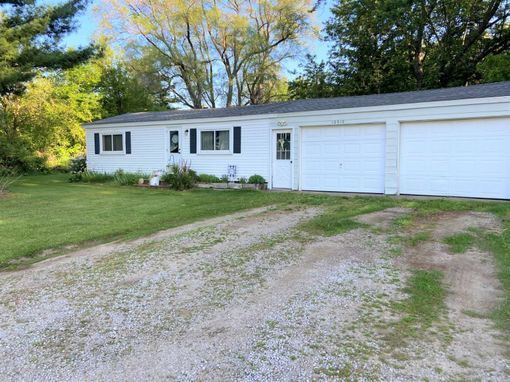 12610 E Michigan Avenue Grass Lake, MI 49240