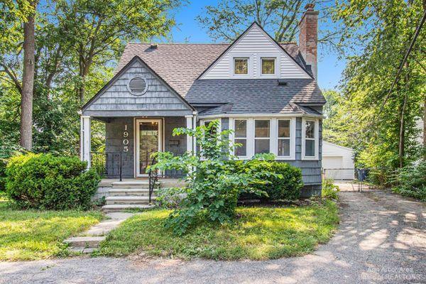 1905 Packard Street Ann Arbor, MI 48104