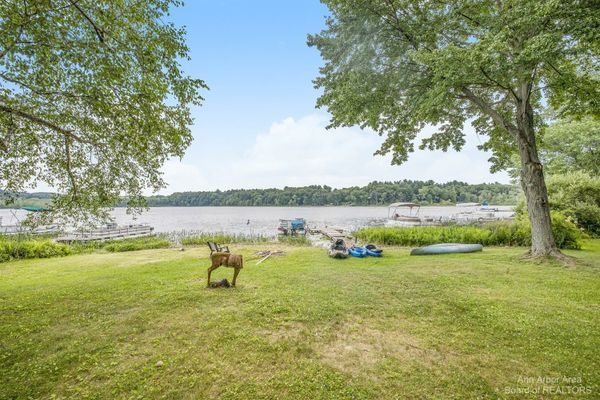 70 W Cedar Lake Chelsea, MI 48118