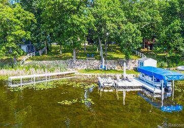613 ISLAND Grass Lake, Mi 49240 - Image 1