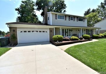 4772 WOODMIRE Drive Shelby Twp, Mi 48316 - Image 1