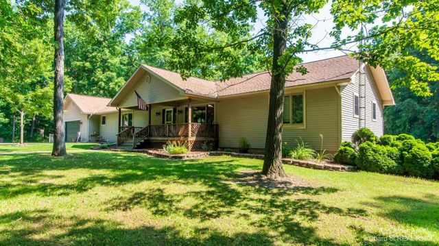 9240 Willow Road - photo 1