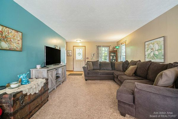 10678 Lawrence Road - photo 3