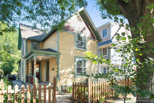 209 Beakes Street Ann Arbor, MI 48104