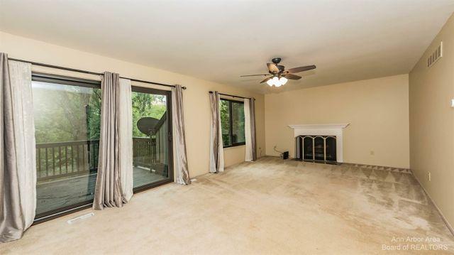 511 Carberry Hill - photo 3