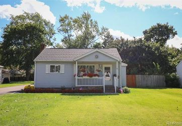 5575 Cleary Drive Waterford, Mi 48329 - Image 1