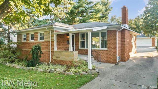 2616 N WASHINGTON Avenue Royal Oak, Mi 48073