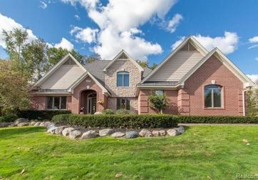 56587 COPPERFIELD Drive Shelby Twp, Mi 48316 - Image 1