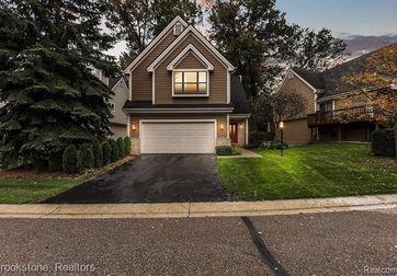 5566 Northcrest Village Drive Clarkston, Mi 48346 - Image